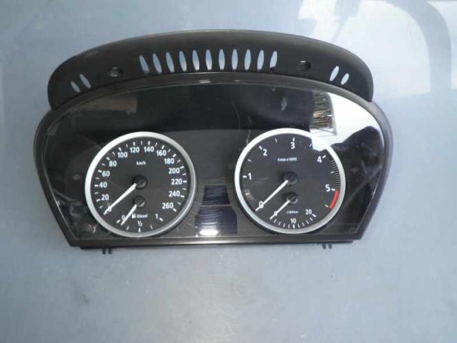 BMW 5er E60 E61 Tacho Kombiinstrument 6974576 62.11 6974576 BMW E60 E60LCI E61 E
