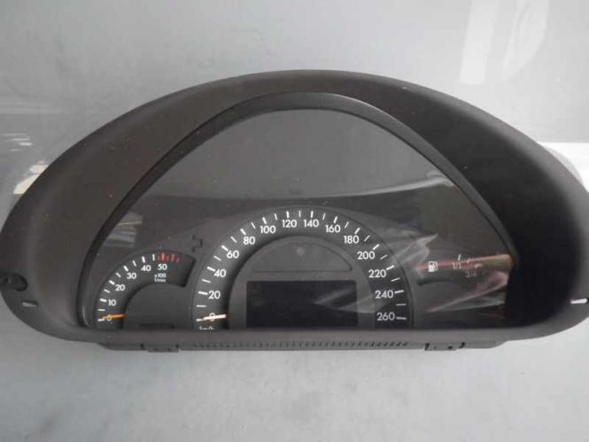 Mercedes W203 S203 Tacho KombiInstrument  Avantgarde 2035403911 A2035403911 , A2